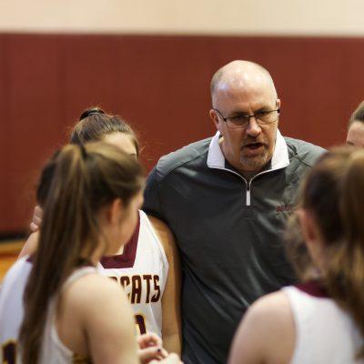 2020-01 Basketball Huddle - Girls